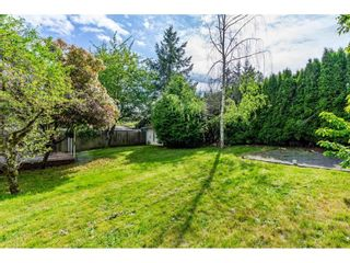 """Photo 18: 1427 160A Street in Surrey: King George Corridor House for sale in """"Ocean Village"""" (South Surrey White Rock)  : MLS®# R2453736"""