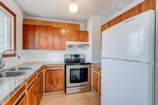 Photo 5: 4564 7 Avenue SE in Calgary: Forest Heights Row/Townhouse for sale : MLS®# A1146777