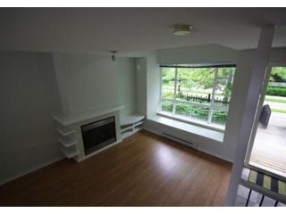 """Photo 2: 6828 VILLAGE Grove in Burnaby: Highgate Townhouse for sale in """"CAMARILLO at the VILLAGE"""" (Burnaby South)  : MLS®# V838315"""