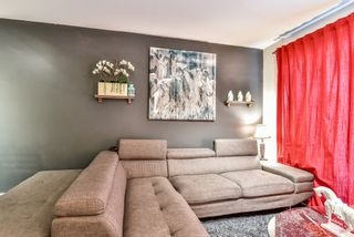 Photo 3: 213 6688 120 Street in Surrey: West Newton Condo for sale : MLS®# R2073002