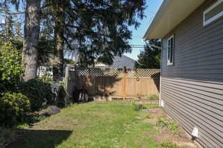 Photo 12: A 2491 Willemar Ave in : CV Courtenay City Half Duplex for sale (Comox Valley)  : MLS®# 873265
