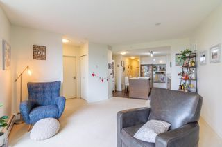 """Photo 7: 208 175 W 2ND Street in North Vancouver: Lower Lonsdale Condo for sale in """"VENTANA"""" : MLS®# R2625562"""