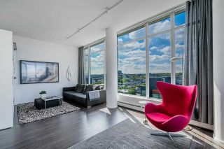 """Photo 17: 1702 1708 COLUMBIA Street in Vancouver: Mount Pleasant VW Condo for sale in """"Wall Centre False Creek"""" (Vancouver West)  : MLS®# R2580995"""