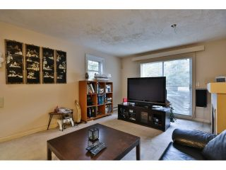 """Photo 4: 88 1561 BOOTH Avenue in Coquitlam: Maillardville Townhouse for sale in """"THE COURCELLES"""" : MLS®# R2010267"""
