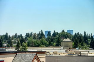 Photo 4: 206 20 Brentwood Common NW in Calgary: Brentwood Row/Townhouse for sale : MLS®# A1129948