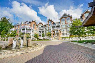 """Photo 4: 207 6490 194 Street in Surrey: Clayton Condo for sale in """"Waterstone- Esplanade Grande"""" (Cloverdale)  : MLS®# R2581098"""
