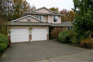 Photo 2: 6970 COACH LAMP Drive in Sardis: Sardis West Vedder Rd House for sale : MLS®# R2118745