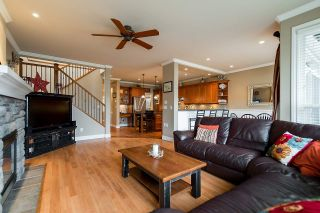 """Photo 5: 4719 DUNFELL Road in Richmond: Steveston South House for sale in """"THE DUNS"""" : MLS®# R2154381"""