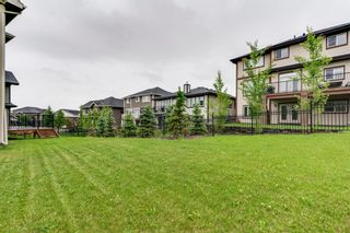 Photo 4: 6 Crestridge Mews SW in Calgary: Crestmont Detached for sale : MLS®# A1106895