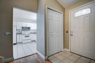 Photo 10: 14 Radcliffe Crescent SE in Calgary: Albert Park/Radisson Heights Detached for sale : MLS®# A1085056