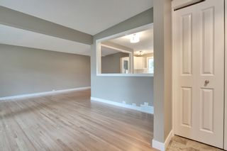 Photo 3: 9640 24 Street SW in Calgary: House for sale : MLS®# C3628130