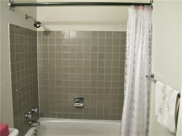 Photo 14: Photos:  in Winnipeg: East Kildonan Residential for sale (3B)  : MLS®# 1909612