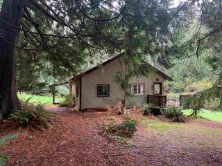 Photo 3: 418 DULCIE Road: Gambier Island House for sale (Sunshine Coast)  : MLS®# R2520600