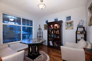 Photo 3: 3 FERNWAY Drive in Port Moody: Heritage Woods PM House for sale : MLS®# R2558440