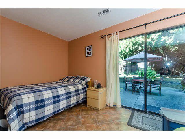 Photo 13: Photos: 5241 BELAIR Crescent in Tsawwassen: Cliff Drive House for sale : MLS®# V1140250