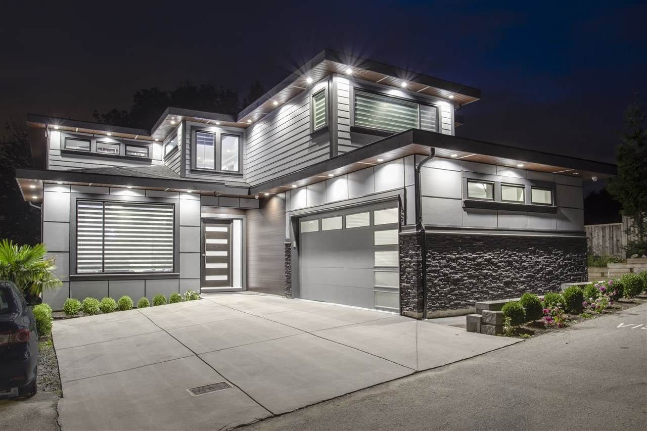 """Main Photo: 28 4295 OLD CLAYBURN Road in Abbotsford: Abbotsford East House for sale in """"Sunspring Estates"""" : MLS®# R2509066"""