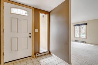 Photo 4: 3603 Chippendale Drive NW in Calgary: Charleswood Detached for sale : MLS®# A1103139
