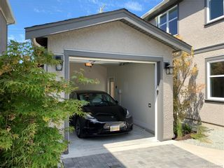 Photo 19: 2746 Gosworth Rd in Victoria: Vi Oaklands House for sale : MLS®# 841842