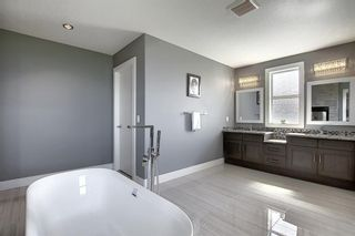 Photo 32: 105 KINNIBURGH Bay: Chestermere Detached for sale : MLS®# A1116532