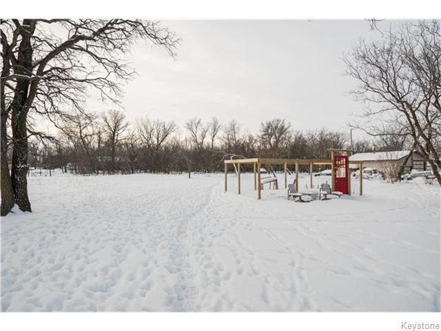 Photo 4: Photos: 8428 ROBLIN Boulevard in HEADINGLEY: Headingley South Residential for sale (South Winnipeg)  : MLS®# 1601053