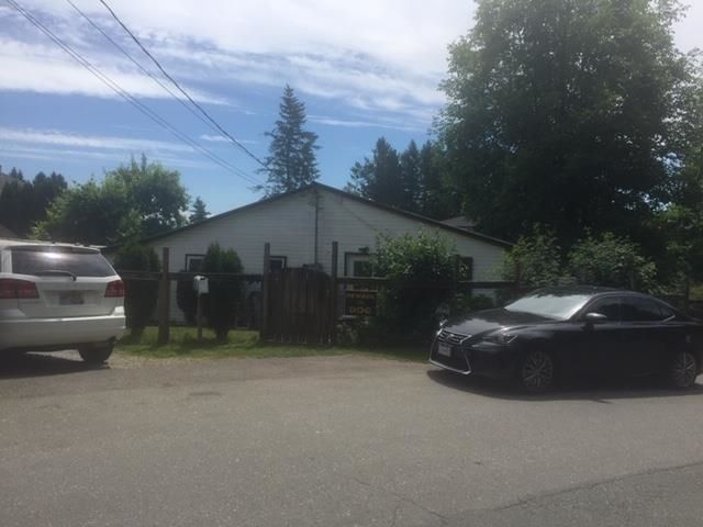 Main Photo: 7472 TURNER Street in Mission: Mission BC House for sale : MLS®# R2596288