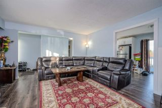 """Photo 5: 2098 LONSDALE Crescent in Abbotsford: Abbotsford West House for sale in """"RES S OF SFW & W OF GLADW"""" : MLS®# R2528993"""