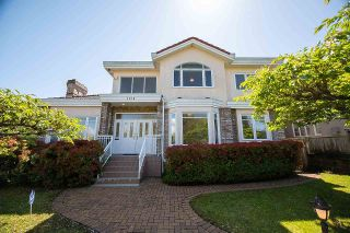 Photo 1: 1138 W 45TH Avenue in Vancouver: South Granville House for sale (Vancouver West)  : MLS®# R2578243