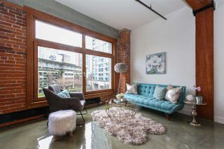 """Photo 1: 506 518 BEATTY Street in Vancouver: Downtown VW Condo for sale in """"Studio 518"""" (Vancouver West)  : MLS®# R2540044"""