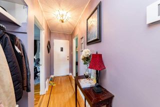 Photo 2: 752 E 11TH Street in North Vancouver: Boulevard House for sale : MLS®# R2560531