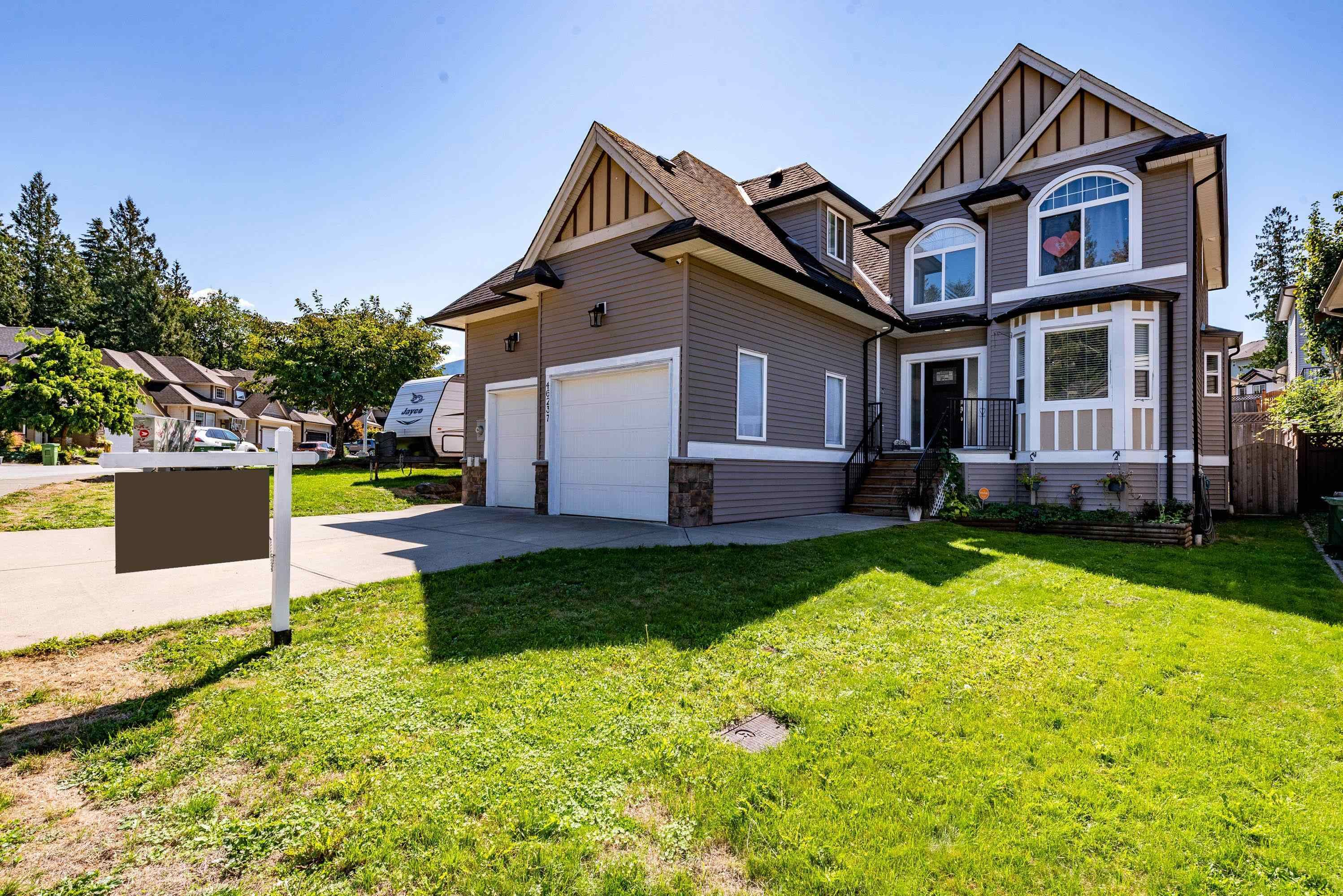 Main Photo: 46237 KERMODE Crescent in Chilliwack: Promontory House for sale (Sardis)  : MLS®# R2614159