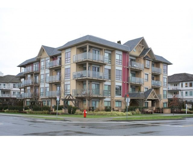 """Main Photo: 108 5811 177B Street in Surrey: Cloverdale BC Condo for sale in """"LATIS"""" (Cloverdale)  : MLS®# R2023487"""