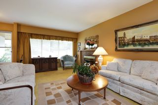 Photo 4: 1017 ARLINGTON Crescent in North Vancouver: Edgemont House for sale : MLS®# R2252498