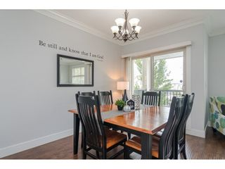 """Photo 4: 2 22225 50TH Avenue in Langley: Murrayville Townhouse for sale in """"Murray's Landing"""" : MLS®# R2498843"""