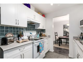 """Photo 6: 207 1738 ALBERNI Street in Vancouver: West End VW Condo for sale in """"ATRIUM ON THE PARK"""" (Vancouver West)  : MLS®# V1102014"""
