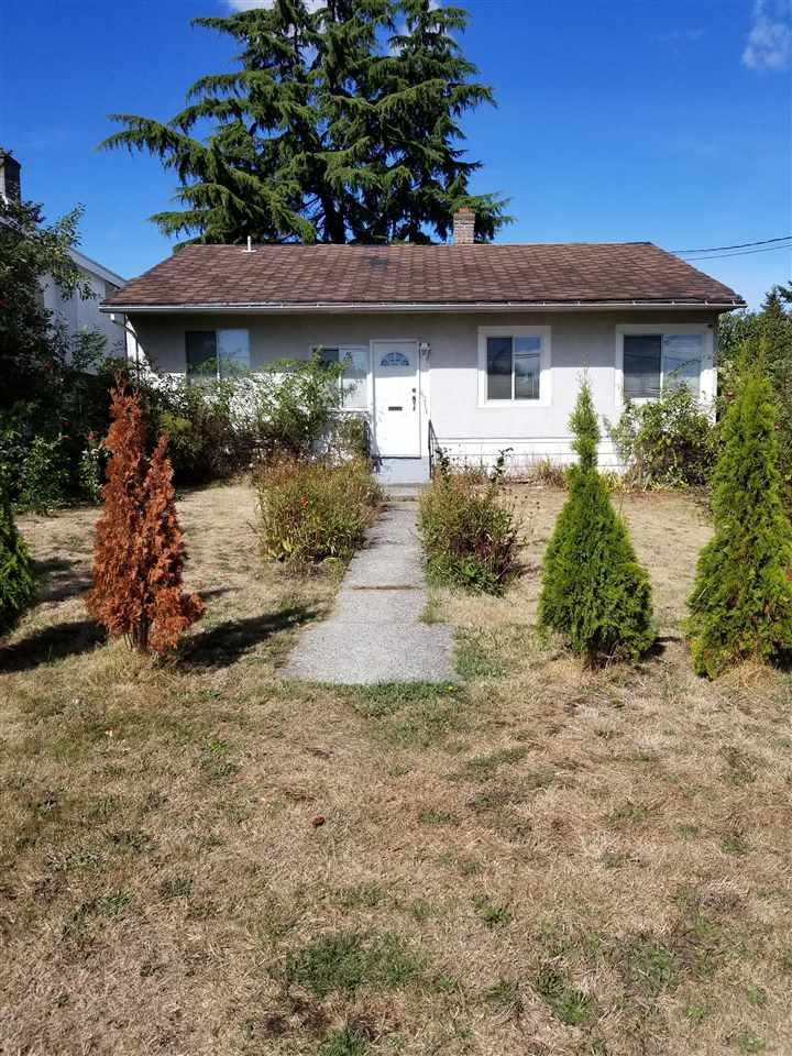"""Main Photo: 6211 NEVILLE Street in Burnaby: South Slope House for sale in """"SOUTH SLOPE"""" (Burnaby South)  : MLS®# R2208474"""