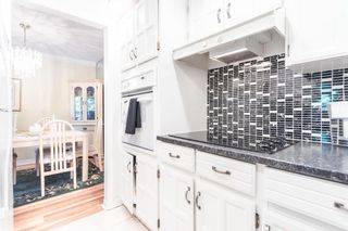 "Photo 12: 307 1319 MARTIN Street: White Rock Condo for sale in ""The Cedars"" (South Surrey White Rock)  : MLS®# R2595122"