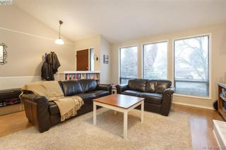 Photo 5: 1283 Santa Maria Pl in VICTORIA: SW Strawberry Vale House for sale (Saanich West)  : MLS®# 804520