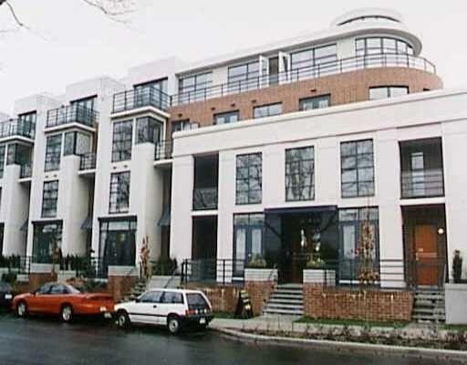 """Main Photo: 2788 VINE Street in Vancouver: Kitsilano Condo for sale in """"MOZAEIK"""" (Vancouver West)  : MLS®# V635724"""