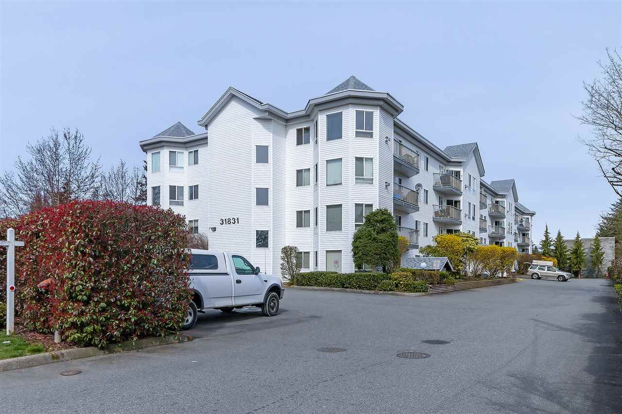 "Main Photo: 312 31831 PEARDONVILLE Road in Abbotsford: Abbotsford West Condo for sale in ""WEST POINT VILLA"" : MLS®# R2253374"