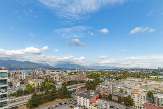"""Photo 15: 2101 120 MILROSS Avenue in Vancouver: Downtown VE Condo for sale in """"Brighton"""" (Vancouver East)  : MLS®# R2617891"""