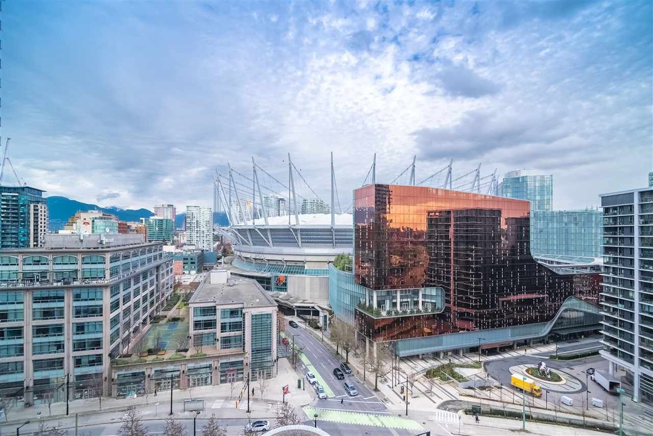 """Main Photo: 1907 939 EXPO Boulevard in Vancouver: Yaletown Condo for sale in """"Max 2"""" (Vancouver West)  : MLS®# R2545296"""
