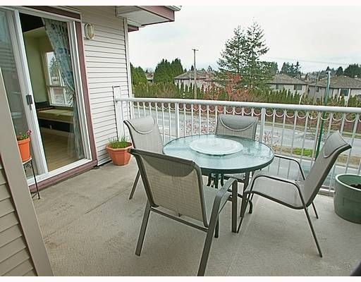 """Photo 8: Photos: 5355 BOUNDARY Road in Vancouver: Collingwood Vancouver East Condo for sale in """"CENTRAL PLACE"""" (Vancouver East)  : MLS®# V639639"""