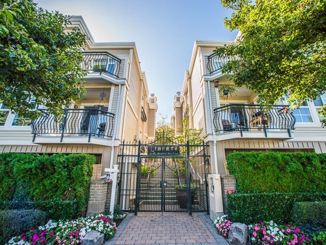 Main Photo: 223 678 W.7th ave in Vancouver: Fairview VW Condo for sale (Vancouver West)  : MLS®# R2130340