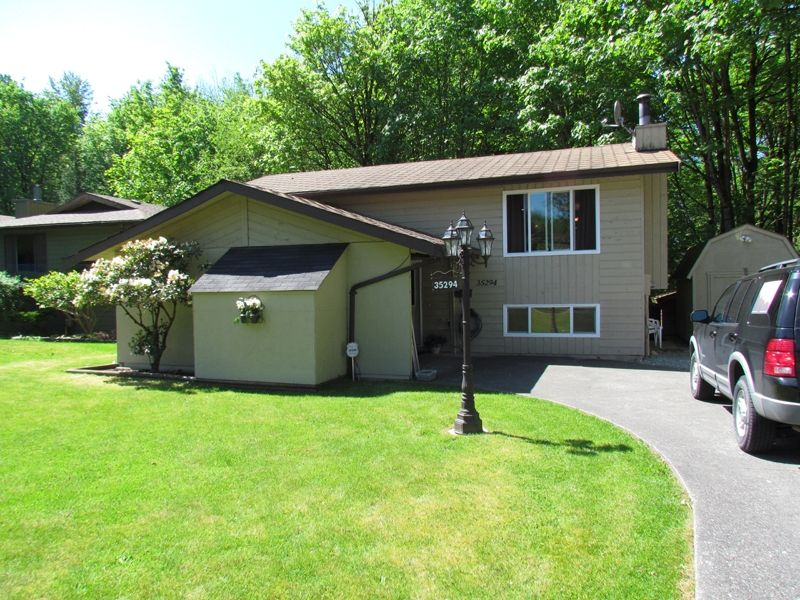 FEATURED LISTING: 35294 SELKIRK Avenue ABBOTSFORD