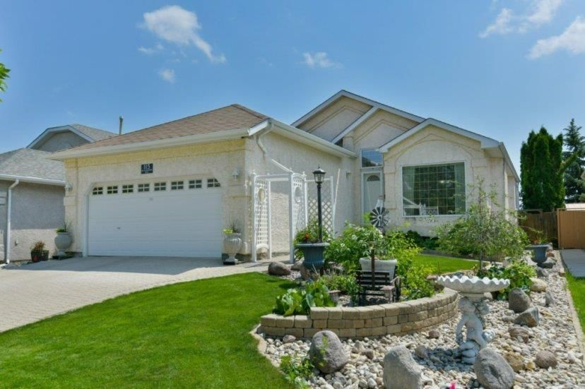 Main Photo: 115 Blackwood Bay in Winnipeg: Richmond West Residential for sale (1S)  : MLS®# 202014106