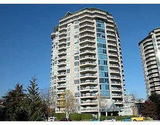 """Photo 7: 1804 1245 QUAYSIDE Drive in New_Westminster: Quay Condo for sale in """"The Riviera"""" (New Westminster)  : MLS®# V767288"""