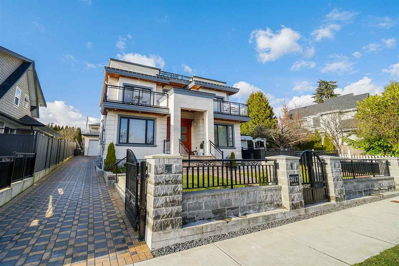 """Main Photo: 2017 LONDON Street in New Westminster: Connaught Heights House for sale in """"CONNAUGHT HEIGHTS"""" : MLS®# R2555977"""