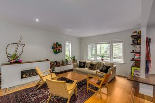 Photo 2: 417 W 14TH Avenue in Vancouver: Mount Pleasant VW House for sale (Vancouver West)  : MLS®# R2040420