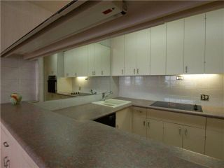 "Photo 4: # 1004 2135 ARGYLE AV in West Vancouver: Dundarave Condo for sale in ""THE CRESCENT"" : MLS®# V920793"