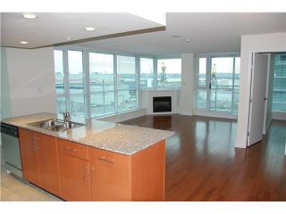 Photo 1: 703 188 E ESPLANADE Street in North Vancouver: Lower Lonsdale Condo for sale : MLS®# V859653